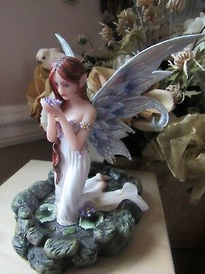 Fairyland Legends Water Fairy Figurine kneeling in pond with lily pads BNIB!