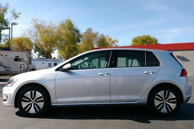 2016 Golf SE Hatchback Sedan 4D ilver Volkswagen e-Golf with 14,272 Miles available now!