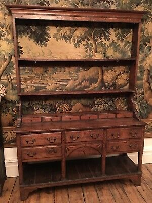 18Th-Century Oak Pot Board Dresser, With Inlaid Central Front. Row Of Drawers