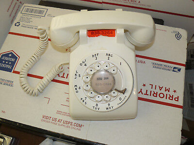 Bell Western Electric white table desk phone rotary dial 500DM Untested