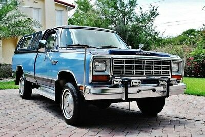 1985 Dodge Ram 1500 4x4 32k Miles 1985 Dodge Power Ram 150 4x4  Pick up, Amazing 2-Tone 5.2L V8 4WD