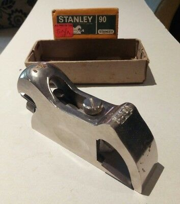Stanley No 90 bullnose shoulder plane in good condition.