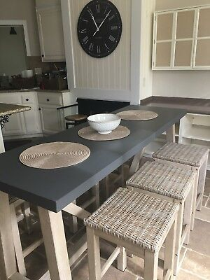 7 Piece Pub Style Counter Height diningTable Set. 6 barstool chairs. Kitchen