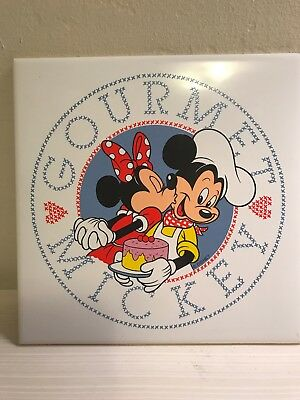 """DISNEY GOURMET MICKEY And Minnie Mouse With Cake WHITE TILE TRIVET  6"""" SQUARE"""