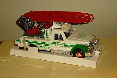 1994 HESS TOY RESCUE TRUCK in the Original Box with Inserts