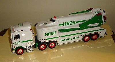 1999 HESS TOY TRUCK & SPACE SHUTTLE with SATELLITE in Original Box with Inserts
