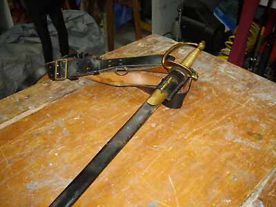 CSA reproduction Cavalry Sword with leather belt