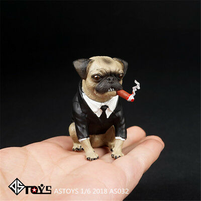 HOT FIGURE TOYS 1/6 2018 pug Wear a suit Cigar dog Scene props men in black