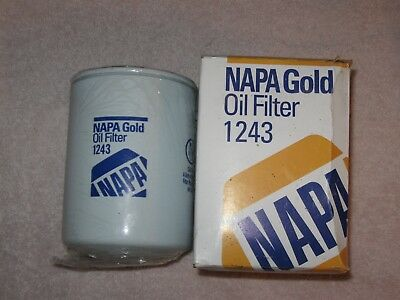 ONE John Deere Tractor Oil Filter NAPA GOLD 1243 T19044 NEW IN PACKAGE