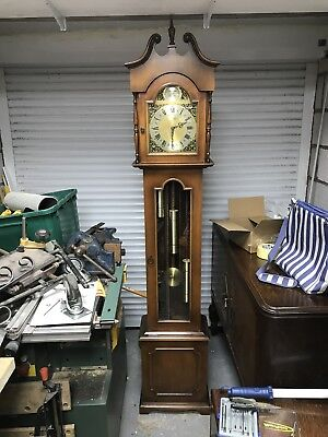 Grandmother clock - tempus fugite