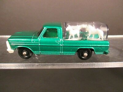 Matchbox #50 Kennel Truck with Dogs