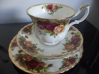 Vintage Royal Albert Old Country Roses trio, cup saucer plate - first quality