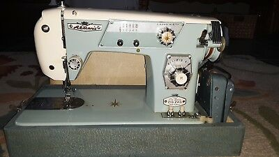 VINTAGE zig zag usa aldens store DELUXE MODEL 139 chicago SEWING MACHINE JAPAN