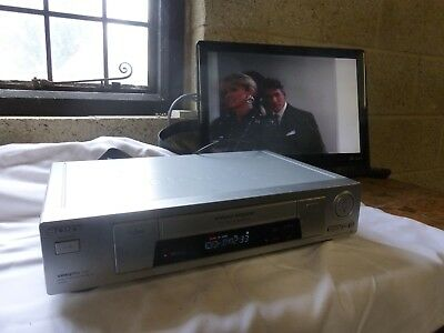 Sony video cassette recorder slv-se700 smart engine vintage vhs movie player vcr