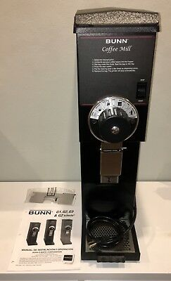 Bunn 22100.0000 G3 HD 3 lb. Black Bulk Coffee Grinder 120V