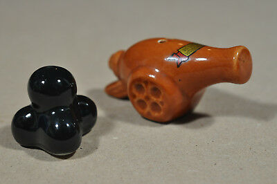 Cannon cannonballs ~  National Museum Gettysburg PA ~ Salt and pepper shaker