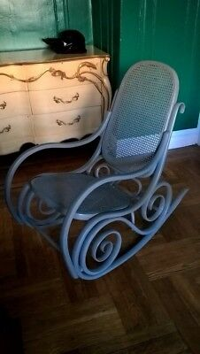 Bentwood Rocking Chair Mid Century Gray Color