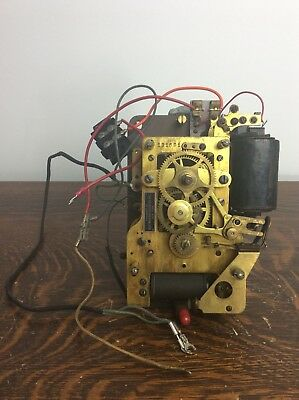 Self Winding Clock Co., Battery Electric Wall Clock Movement, w/ Sweeps Seconds