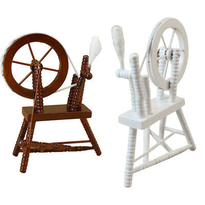 1:12 scale doll house miniature hand reeling machine wooden spinning wheel K2B7)