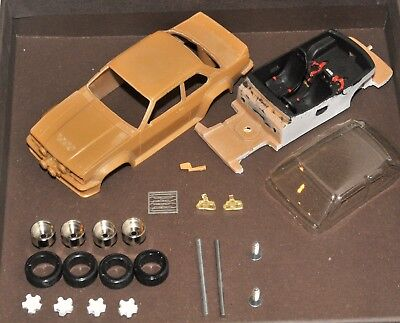 Opel Ascona 400 1982 1:43 Starter R100 - Record Re44 - Resin Kit 1:43 Nmib