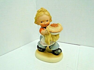 Memories of Yesterday - Lucie Attwell - Enesco 1989 #522392 Good as His Mothers
