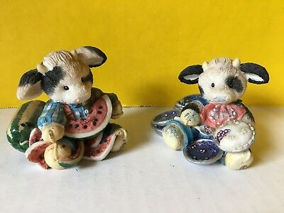 1994 Enesco Mary's Moo Moos Cows Lot Of 2 Figurines ~Cow Pies~Udderly Refreshing