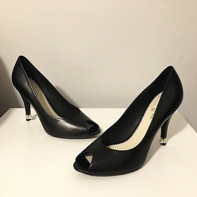 8bd3d5025c52 NEW Chanel Size 40 Black Leather Peep Toe Pumps With Pearl Heel Retails  850
