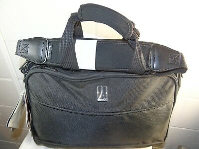 8998e80df4e1 NWT TRAVELPRO WALKABOUT Spinners3 hand carry travel bag -  99.00 ...