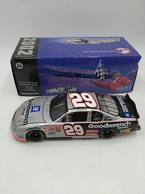 #29 Kevin Harvick NASCAR 1/24 Action Diecast Stock Car '02 GM GOODWRENCH SERVICE