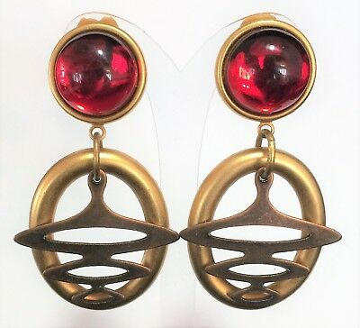 Vtg Chicos Ruby Red Cabochon Dangling Matte Gold Tone Boho Earrings Clip On 119