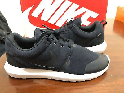 c0acfaeb43b4 Nike Roshe NM TP Tech Fleece Pack Black 749658 001 Men s Size 9 New Ds  Trophy