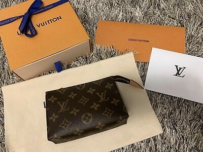 c54a7ab8b6b0 Authentic LOUIS VUITTON Toiletry Pouch 15 MONOGRAM Cosmetic Bag Travel Pre  Owned