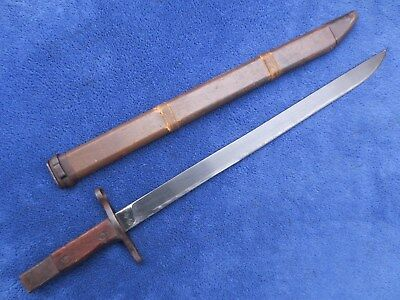 Original Very Late Ww2 Japanese Type 30 Arisaka Bayonet And Wooden Scabbard