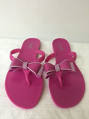 d01674a57943 Capelli New York Women Pink Bow Embellishment Flip Flops Size 7