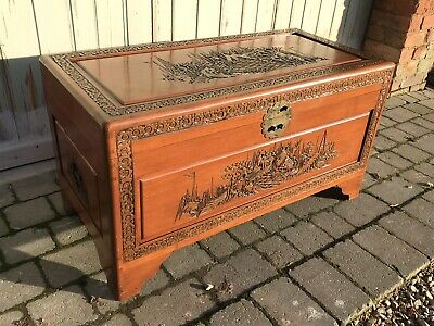 Camphor Wood Chest Chinese Oriental Blanket Box Trunk  Coffer