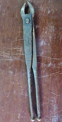 1900s BLACKSMITH FORGE TOOLS TONGS PLIERS hand hammered uncommon Rustic India-4