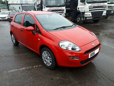 2016 FIAT PUNTO 1.2 POP red 15000 miles only with 12 months MOT