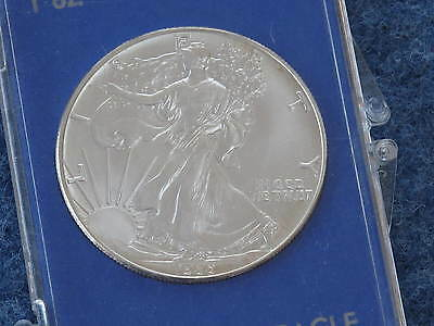 1986 American Silver Eagle Gem Brilliant Uncirculated with Display Case B7467
