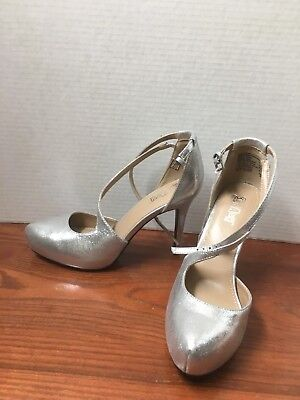 aedcb53fe10 Brash Women s 8 Silver Sparkle Pointed Toe 4