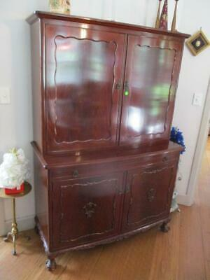 Beautiful Mahogany Large Drinks Cabinet Buffet Bureau Light Ball Claw Feet