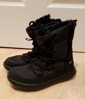 27ff9c7033d94 NIKE~ROSHE ONE HI~BOYS Athletic Casual Sneaker Boots~Size 6~Black ...