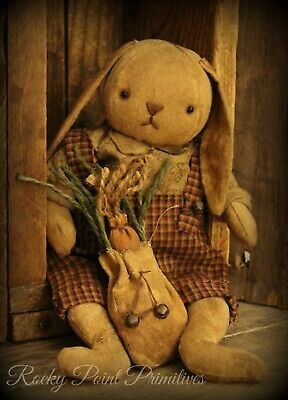 Primitive Spring Easter Bunny Rabbit Doll With Carrot Bag