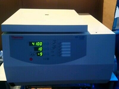 Thermo Scientific IEC CL30R Centrifuge with Rotor/Buckets