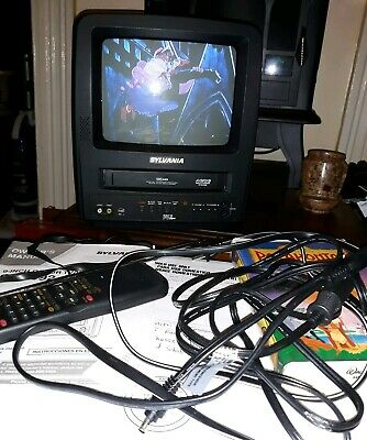 "SYLVANIA 9"" TV VCR Combo VIDEO GAMING SSC092 W/Remote CLEAN & TESTED"