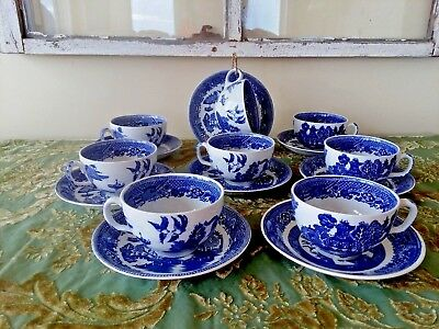 BLUE WILLOW ~ Globe Pottery Co. ENGLAND  (8) Coffee/Tea Cups & Saucers SO PRETTY