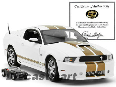 Shelby Collectibles 1:18 2012 Ford GT350 Limitiert 250 St. Weiß mit / 1:64