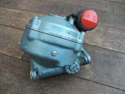 Viking Pump Model Number 550/1/25140 130 Watts 200-250v Single Phase Plessey