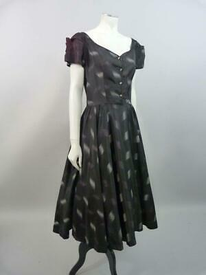 Gorgeous 1940s cocktail dress with full skirts in printed taffeta -  UK 8 / 10