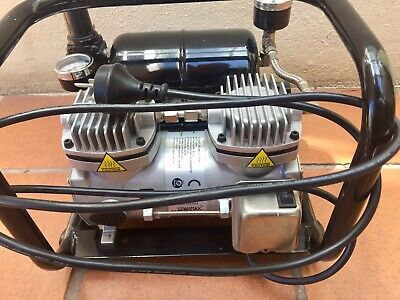 SPARMAX TC-520A Twin Cylinder Airbrush Compressor