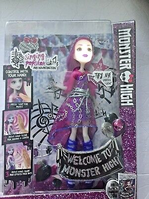 Monster High Dance the Fright Away Singing Popstar Ari Hauntington Doll